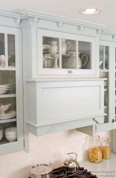 Traditional Blue Kitchen Cabinets #08 (Crown-Point.com, Kitchen-Design-Ideas.org)