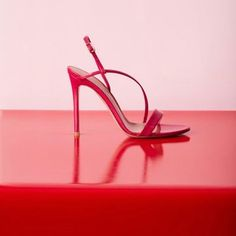 shoes art ....... #womens #top #style #fashion #highheels #shoes #sandals #gianvittorossi Shoe Art, Clothes Hanger, High Heels, Instagram, Women, Style Fashion, Shoes Sandals, Top, Budget