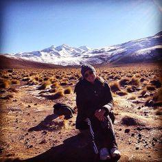 #fbf pra esse lugar de lugares fantásticos. 😋🇨🇱 . . #atacama #tatio #geisersdeltatio #chile #sanpedrodeatacama #garfadaspelomundo #desertodoatacama #garfadaspelomundo #instatrip #instapic #picoftheday #travelgram #igerschile #travel #viagem #altitude #cordilheiradosandes #blogger #blogueirosdeviagens #travelblogger #cadeoxigenio
