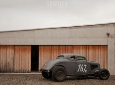 chromjuwelen: (via LOWTECH | traditional hot rods and custom cars: hot rod garage)