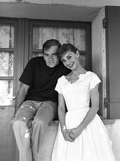 Audrey Hepburn and Milton Greene at her house outside Rome during the filming of War and Peace, August 1955