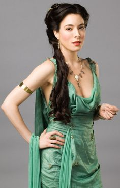 Spartacus - Costumes for Women - Gaia (Jaime Murray)--Never seen the show, but I love this . Spartacus Women, Spartacus Quotes, Spartacus Cast, Spartacus Workout, Jamie Murray, Roman Dress, Roman Fashion, Costume Design, Up Dos