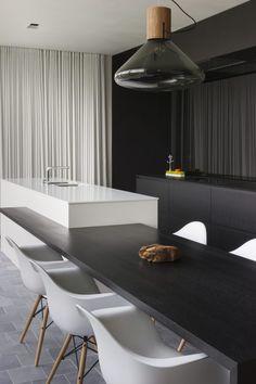 Kitchen - Residence in Oud-Turnhout Belgium by LV architecten - picture by Liesbet Goetschalckx