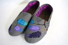 Your place to buy and sell all things handmade Painted Canvas Shoes, Painted Sneakers, Hand Painted Shoes, Textile Dyeing, Tribal Feather, Shoe Art, Custom Canvas, New Shoes, Dream Catcher