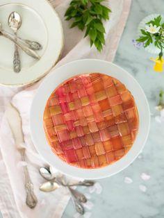 Rabarbercheesecake | Brinken bakar Swedish Recipes, Tart, Waffles, Cheesecake, Food And Drink, Favorite Recipes, Breakfast, Desserts, Sweet