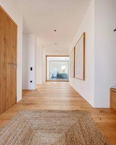 Willkommen im Haus 22 🧡 (@house.no22) • Instagram-Fotos und -Videos Divider, Interior Design, Instagram, Inspiration, Furniture, House, Home Decor, Videos, Pictures