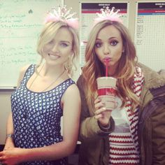 #Jerrie ♥<< I wanted to thank @Kris Gruber Edwards @Jes Yeager Nelson @Leigh Anne Pinnock @Jade Alvarez Thirlwall  ✔  for the best day of my life!! I finally got to meet you girls!! It was great thank you so much!!