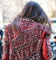 Tatiane C. de Souza: Jaquetas Customizadas