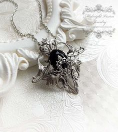 Décadence de Fleur - noir renaissance bijoux en cristal collier - gothique - victorien - baroque-