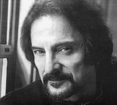 Tom Savini, a special effects and makeup artist known for his groundbreaking work in a variety of horror films, such as Dawn of the Dead Legends Of Horror, Tom Savini, Special Effects Makeup Artist, George Romero, Makeup Brush Storage, Streaming Hd, Horror Films, Horror Icons, Movies