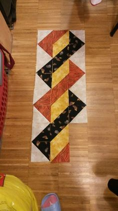 Patchwork Quilt Blocks Table Runners 37 Ideas For 2019 Quilted Table Toppers, Quilted Table Runners, Half Square Triangle Quilts, Square Quilt, Patchwork Quilting, Small Quilts, Mini Quilts, Quilt Block Patterns, Quilt Blocks