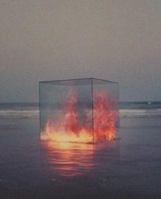 Contraste - feu - cube - eau