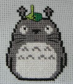 Totoro Cross Stitch by ~Nyukaa.