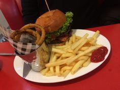 Hamburger, fries, onion