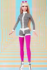 A Nod for Mod Barbie 2003 - NRFB