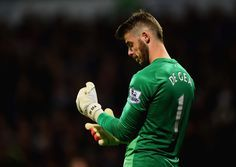 Spain will assess a dislocated finger reportedly suffered by Manchester United star David De Gea in training on Friday. Manchester United 2014, Official Manchester United Website, Manchester United Football, Psg, Man Utd News, Premier League Champions, Match Highlights, English Premier League, Supersport
