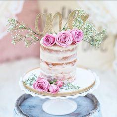 One Cake Topper - First Birthday Girl Cake Topper - Heart - Anniversary Cake Topper - Glitter - Gold - First Birthday - Birthday Deco by HBSouthernInspired on Etsy https://www.etsy.com/listing/468869456/one-cake-topper-first-birthday-girl-cake