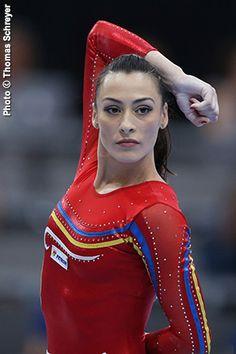 International Gymnast Magazine Online - Ponor to Carry Romanian Flag in Rio Opening Ceremonies Gymnastics News, Gymnastics Costumes, Gymnastics Photography, Gymnastics Pictures, Artistic Gymnastics, Olympic Gymnastics, Gymnastics Girls, Romanian Gymnastics, Jessica Alba Hair