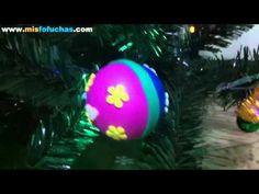 ▶ Árbol de navidad decorado con bolitas de unicel o icopor forradas con foamy - YouTube