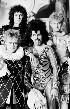 53 Best ideas for quotes queen band John Deacon, Queen Mercury, Queen Freddie Mercury, Queen Photos, Queen Pictures, Pop Rock, Rock And Roll, Roger Taylor Queen, Queens Wallpaper