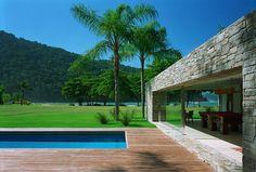 Natural Minimalism in Open Beach House Design - Laranjeiras House by Marcio Kogan