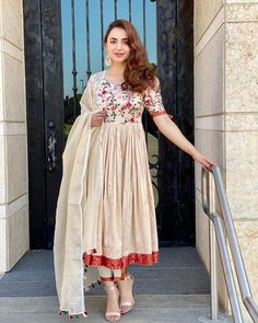 Casual Indian Fashion, Indian Outfits, Asian Fashion, Women's Fashion, Fashion Trends, Stylish Dresses, Casual Dresses, Fashion Dresses, Casual Wear
