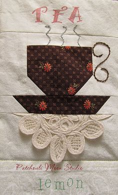 Teacup Quilt. Like the doily