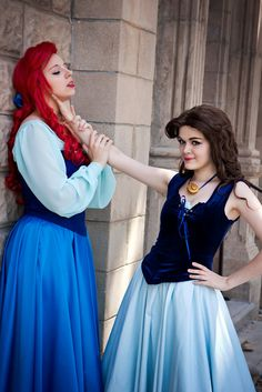 This would be such a fun cosplay. Ariel and Ursula.