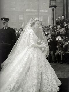 1950's lace wedding dress #wedding #photography #photograper #portrait #dress #gown #bride #bridal #sleeves #modest #LDS #Mormon #vintage #lace
