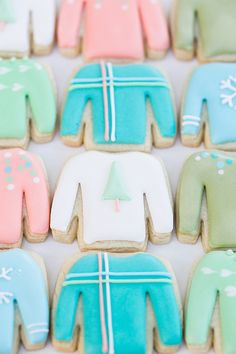 Charming Sweater Cookies