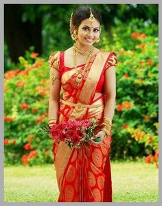 Exclusive Saree Blouse designs for every South Indian Bride!- Eventila Exclusive Saree Blouse designs for every South Indian Bride! Indian Bridal Sarees, South Indian Sarees, Wedding Silk Saree, Indian Bridal Fashion, Indian Bridal Wear, Bride Indian, South Indian Blouse Designs, Sari Bluse, Indische Sarees