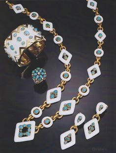 Vogue July jewelry by David Webb When Penny Proddow and I wrote, American Jewelry: Glamour and Tradition, Rizzol, . Enamel Jewelry, Antique Jewelry, Vintage Jewelry, Jewellery, David Webb, Jacqueline Kennedy Onassis, Helen Mirren, Jennifer Garner, Asheville