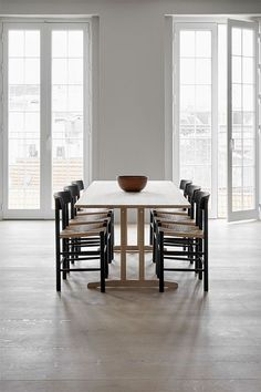 Fredericia's table was designed by Børge Mogensen in The simple and sturdy appearance of table was inspired by traditional Shaker furniture, and the oak table has references to the lightness of Danish modern, too. Shaker Furniture, Danish Furniture, Table Furniture, Solid Wood Table, Oak Table, Dining Table, Danish Design, Modern Design, Study Furniture Design