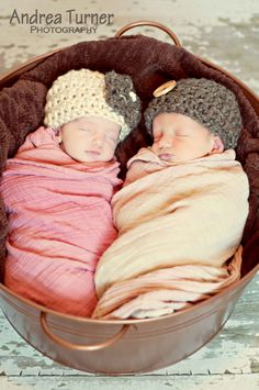 Newborn hats I love.
