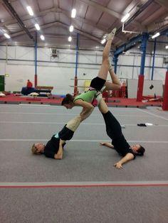 Gymnastics Problems, Gymnastics Poses, Acrobatic Gymnastics, Gymnastics Photography, Sport Gymnastics, Olympic Gymnastics, Olympic Games, 3 People Yoga Poses, Partner Yoga Poses