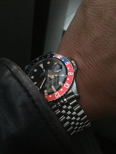 Rolex gmt 1675 pointed crown guard all red 1961
