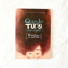 Quem já conhece o livro Quando Tudo Começou, da Bruna Vieira? Na verdade ele é uma história em quadrinhos, com ilustrações da talentosa Lu Cafaggi. Vem conferir a resenha no blog!   - #resenha #brunavieira #ddq #quandotudocomeçou #depoisdosquinze #lucafaggi #hq #historiaemquadrinhos #instabook #books #livros #depoisdosquinze #blogger #livrodobem #bookstagram #bookshelf #leitura #blog #amorasays
