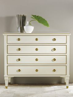 Modern History 19th Century Classical Chest in Cream Ships Free