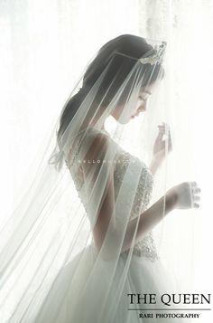 Pre Wedding Shoot Ideas, Pre Wedding Poses, Wedding Couple Poses, Korean Wedding Photography, Bridal Photography, Photography Services, Christian Bride, Bride Poses, Bride Portrait