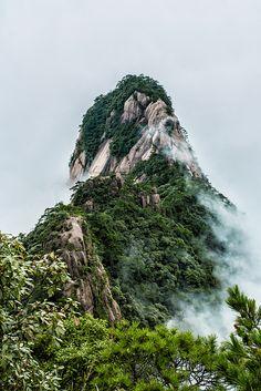 Mtn Huang