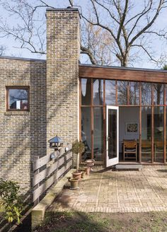 Facade Architecture, Landscape Architecture, Exterior Design, Interior And Exterior, House In The Woods, Building Design, Future House, Mid-century Modern, Functionalism