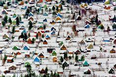 © Fyodor Savintsev Suburban village near Arkhangelsk, Russia.