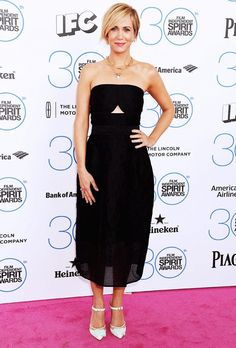 Kristen Wiig in a black strapless Yigal Azrouel dress at the 2015 Film Independent Spirit Awards