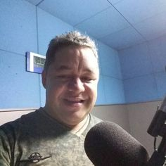 Olá Boa noite...No estúdio da Rádio São Francisco....Bjs by juniorcesarcaetano.cesar http://ift.tt/25pJyK8
