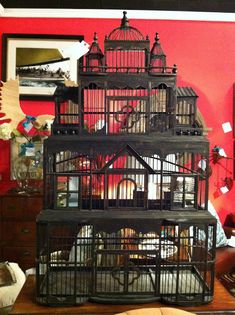 Not sure why i have a fascination of bird cages. If i had pet birds i would always feel like the cages aren't big enough.