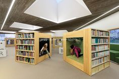 Shelving which doubles as small nooks for reading or exploring. - Seinäjoen Apila kirjasto - Seinäjoki city library in Finland designed by JKMM Architects. Public Library Design, Library Cafe, School Library Design, Kids Library, Library Architecture, Interior Architecture, Minimalist Interior, Modern Interior Design, Chaise Diy