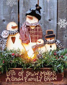 Wood Snowman Family