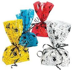 Peanuts Graduation Party Loot Cellophane Bags Snoopy, Woodstock,Cap, Gown (1 Pack, 12 Bags) ** Be sure to check out this awesome product.