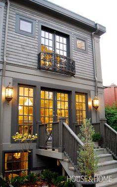 Exterior Paint Color Trends We're Head Over Heels in Love With - Design Ideas - Fachadas Best Exterior Paint, Exterior Paint Colors For House, Paint Colors For Home, Paint Colours, Cottage Exterior Colors, Exterior Paint Color Combinations, Color Schemes, Paint Schemes, Dark Colors