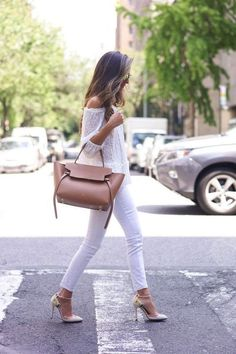 Cute outfit ! I would only change the shoes .
